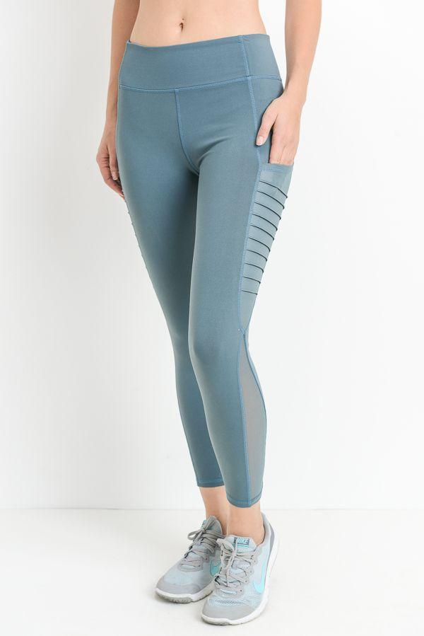 SIDE MESH CAPRI LEGGINGS WITH POCKET
