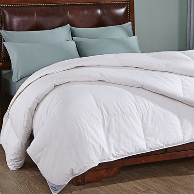 75% white down lightweight Down Comforter with 100% cotton cover