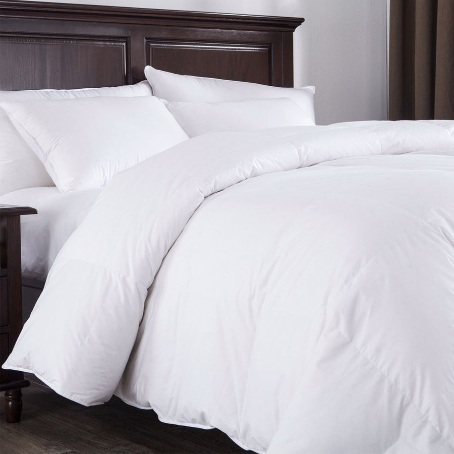 Lightweight Goose Down and feather Comforter 100% Cotton Cover