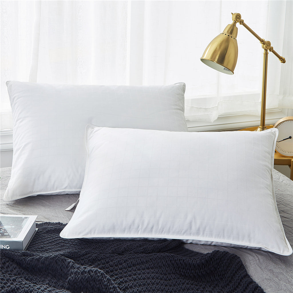 4be5ab4bad554 PUREDOWN 2 Pack Premium White Goose Down Feather Pillows for Back and Side  Sleepers, Pillow