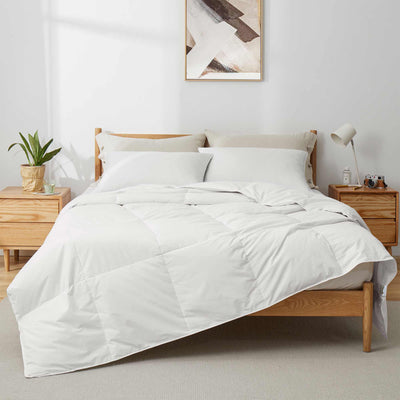 Puredown Lightweight White Goose Down and UltraFeather Comforter with 100% Cotton Cover
