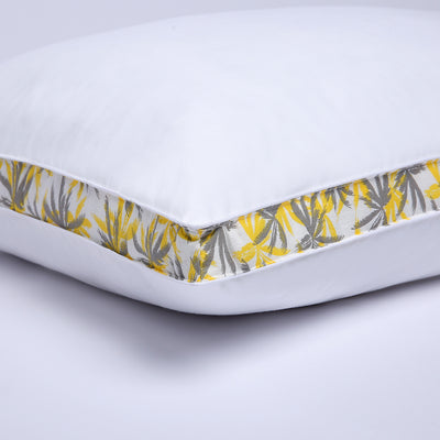 2 Pack Tropical Leaves Gusseted Polyester Pillow 100% Cotton Shell