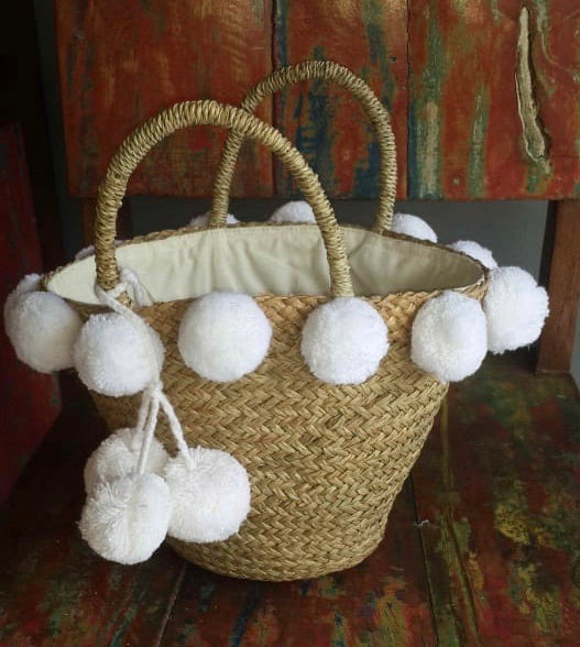 Pandanus Bag With Pom Pom