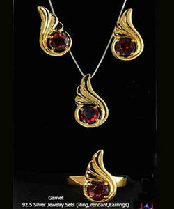 92.5 Silver, Thumbs shape Gold Plated Jewelry Set (Ring,Pendant,Earrings),Garnet