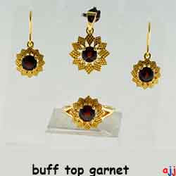 92.5 Silver, Flower shape Gold Plated Jewelry Set (Ring,Pendant,Earrings),Buff Top Garnet