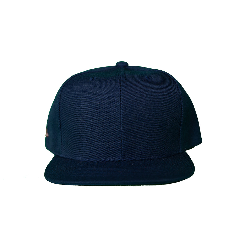 Basic Solid Snap Back in Navy