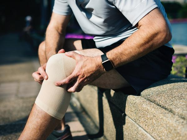 Effects of dehydration on runners and cyclists