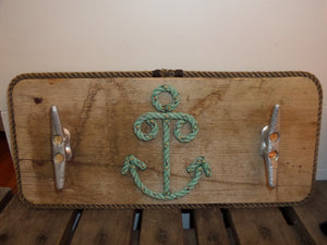 2 Cleat Rack with Rope Center - Alaska Rug Company