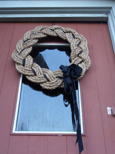 "Rope Wreath - Manila Natural 16"" - Alaska Rug Company"