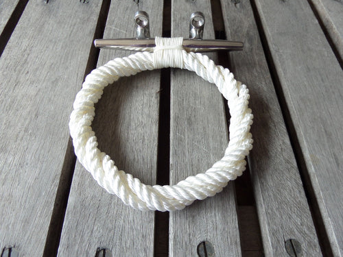 White Rope Towel Ring Rack