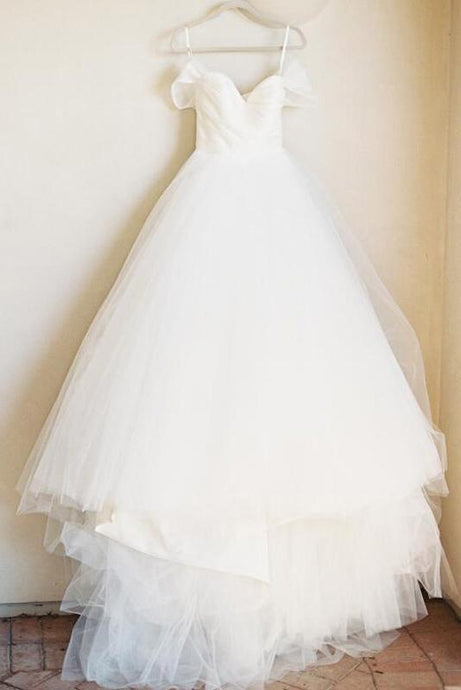 Gorgeous Plus Size Off-the-Shoulder Wedding Dresses