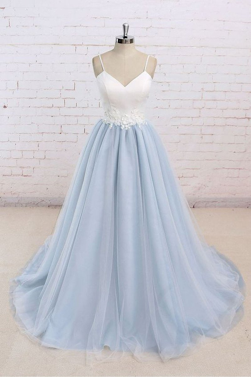 Contrast Color Spaghetti Straps Ball Gown Natural Long Tulle Prom Dresses