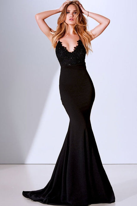 Black Trumpet/Mermaid Spaghetti Straps V-neck Long Evening Dresses
