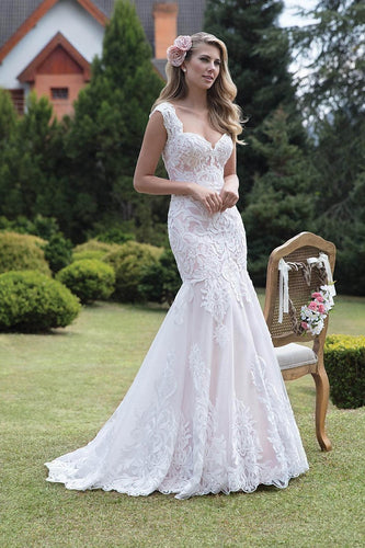 Mermaid Straps Sweetheart Open Back Lace Wedding Dresses