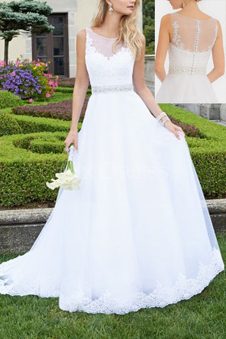 White Enchanting Covered Button A-line/Princess Tulle Scoop Neck Wedding Dresses