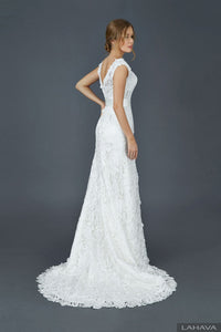 Lace Bateau Neckline and Satin Belt Wedding Dresses
