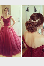 Remarkable Organza Off The Shoulder Applique Floor-length Lace-up Evening Dresses