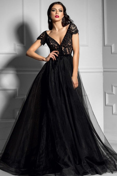 Black A-line Deep V-neck Lace Long Formal Prom Dresses