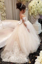 Elegant Long Sleeves Lace Applique Tulle Flower Girl Dresses with A Bow