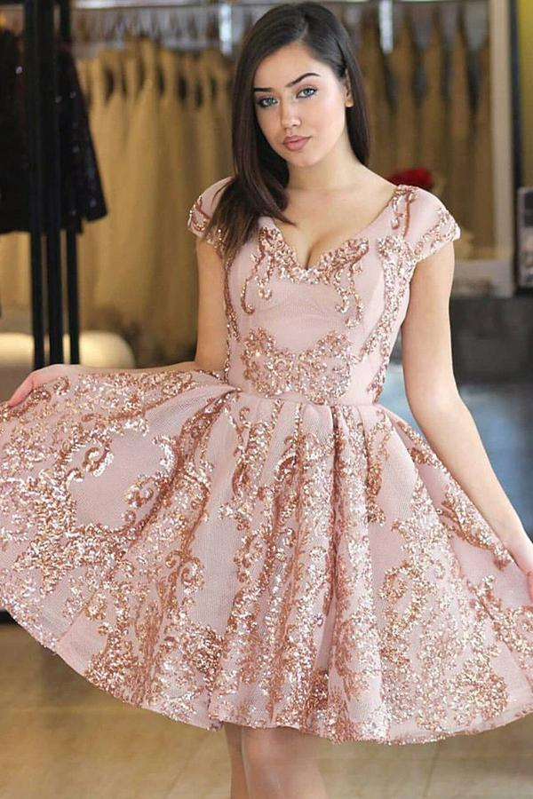 A-Line/Princess  Short Sleeves V-neck Prom Dresses