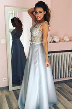 A-Line/Princess Satin  Sleeveless V-neck   Appliques Lace Prom Dresses