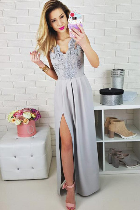 Chiffon Sleeveless  V-neck Appliques Lace Prom Dresses
