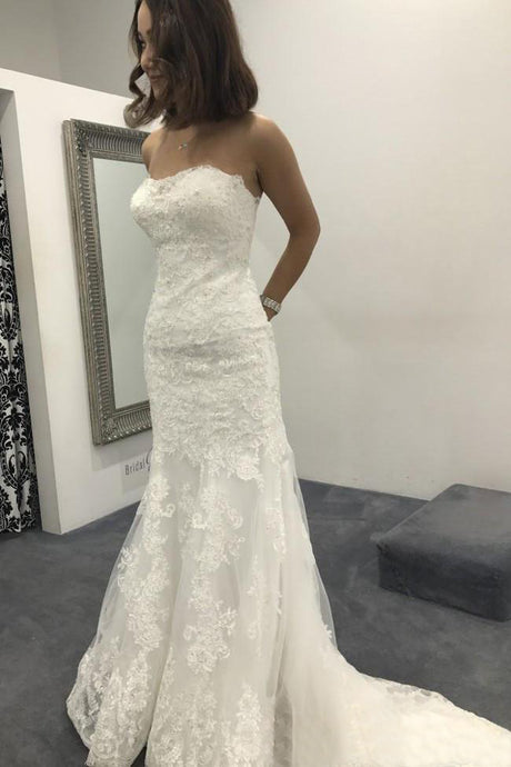 Appliques Lace Sweetheart Sweep Train Wedding Dresses