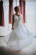 A-Line/Princess Tulle Sleeveless Lace Wedding Dresses