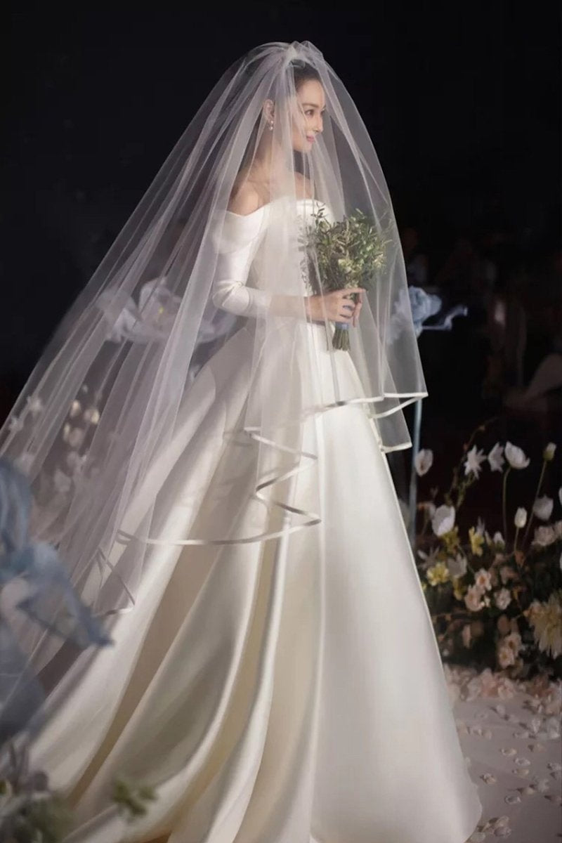 White Long Bridal Veils with Comb