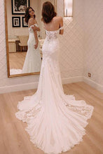 Trumpet/Mermaid Sweep Train Tulle Off-the-Shoulder Wedding Dresses