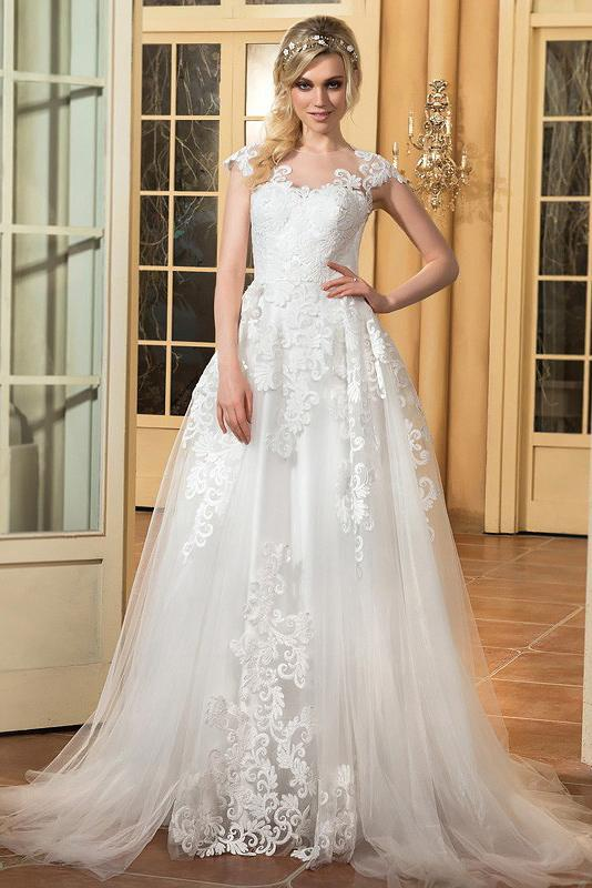 A-Line/Princess Floor-Length Lace Short Sleeves Wedding Dresses