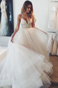A-Line/Princess Court Train Tulle Sleeveless Spaghetti Straps Wedding Dresses