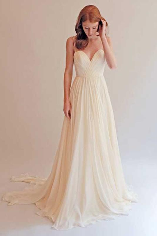 A-Line/Princess Sweep Train Spaghetti Straps Chiffon Wedding Dresses