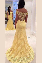 Yellow Exclusive A-line/Princess Off-the-Shoulder Long Lace Prom Dresses