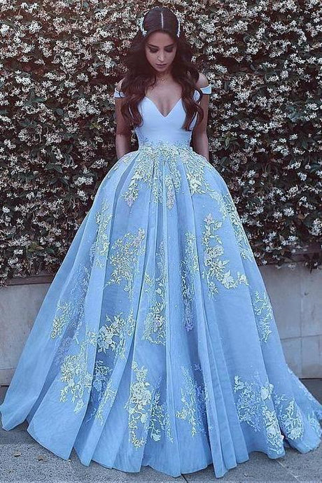 Ball Gown Off-the-Shoulder V-Neck Tulle Prom Dresses with Lace Applique