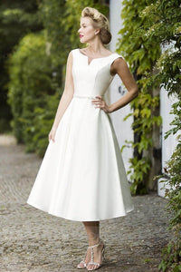 Chic Tea-length Wedding Dress with Bateau Neck