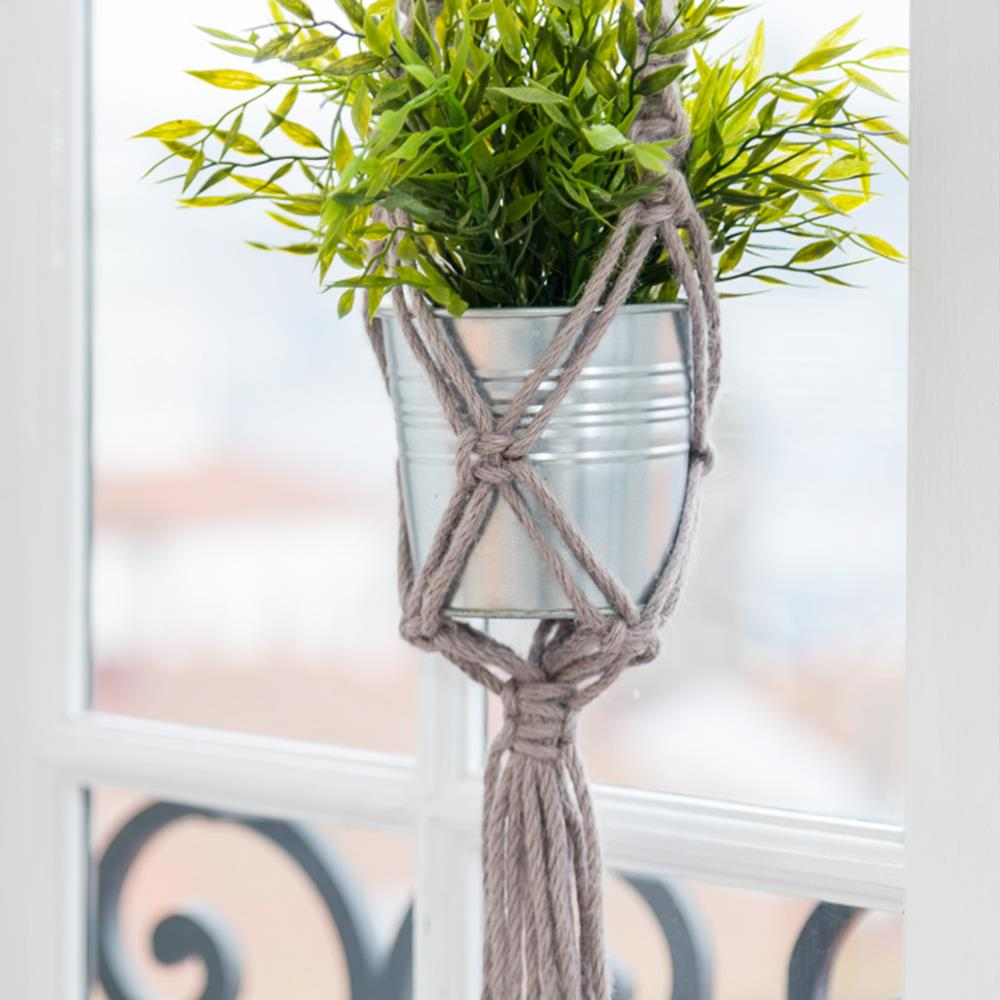 14 Ridiculously Simple Macrame Plant Hangers