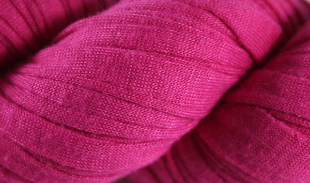 Recycled T-Shirt Yarn- Magenta