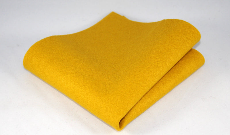 Bamboo and Rayon Eco Felt - Fat Quarter - Honey Bee