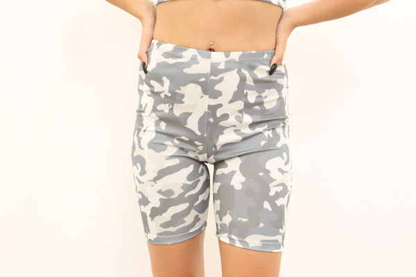 camo set (bottom)