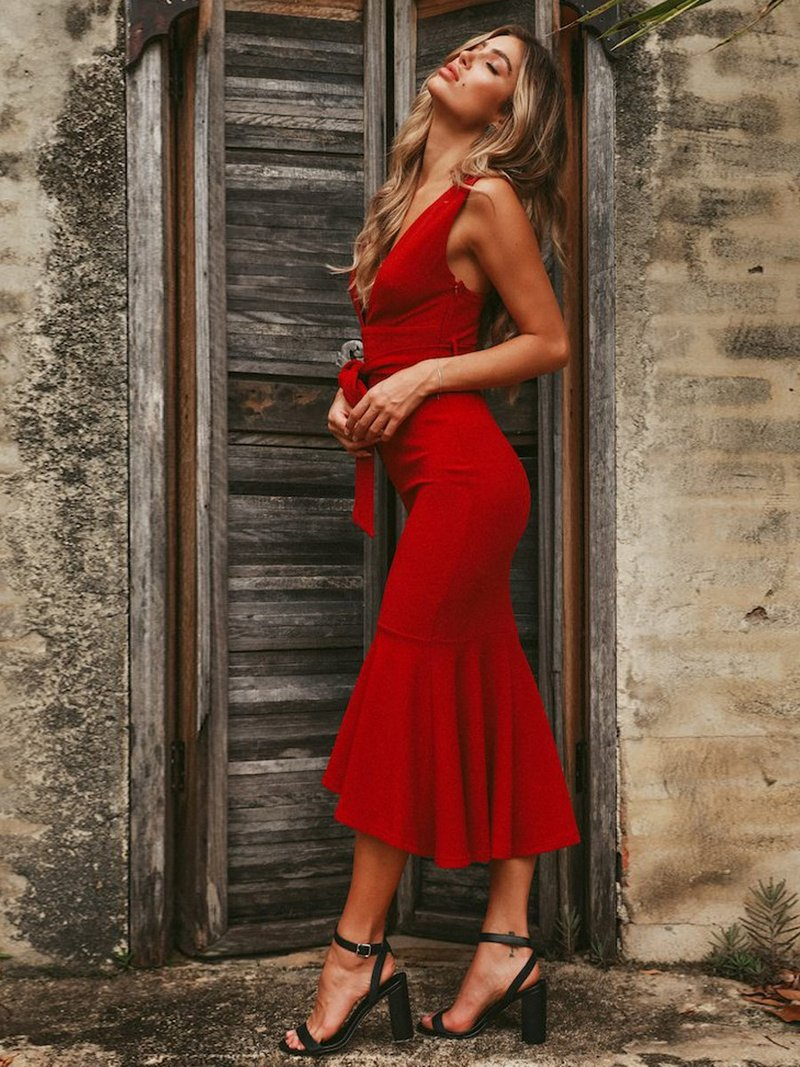 Red Super Star Midi Dress - Landing Closet