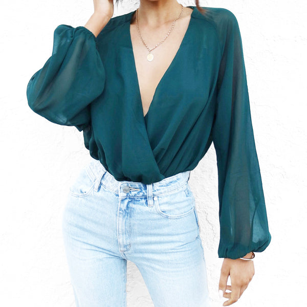 Women's long sleeve V-neck chiffon bottoming
