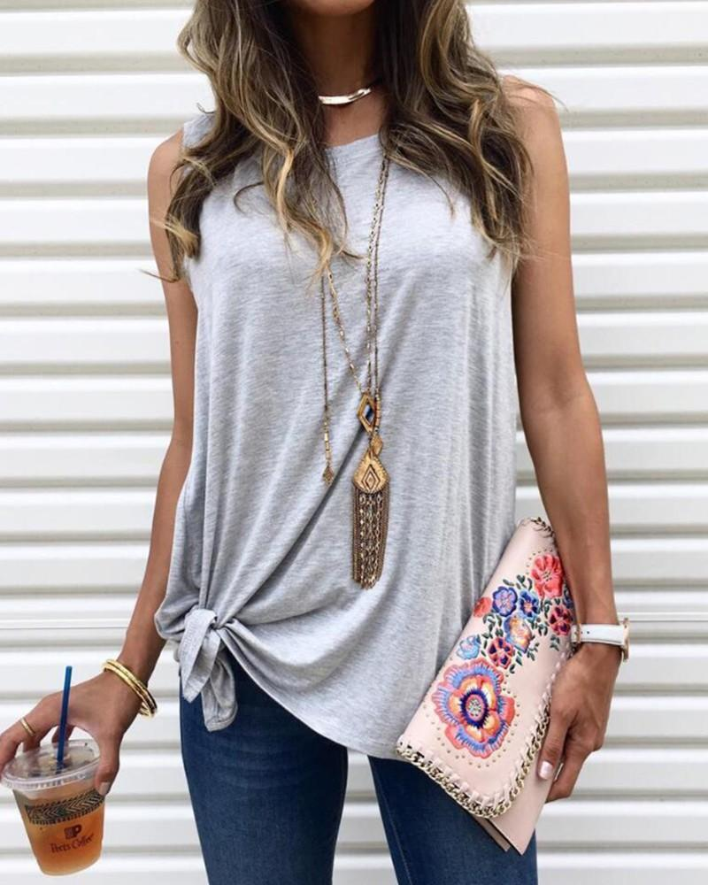 Solid Sleeveless Round Neck T-shirt