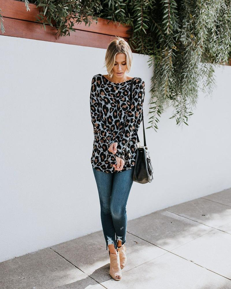 Leopard Printed Long Sleeves Backless T-shirt Top