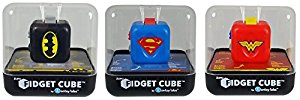 Zuru ZU084.00 Assorted Batman/Superman/Wonder Woman DC Heroes Fidget Cube Game