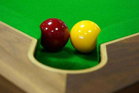 English pool table Bond