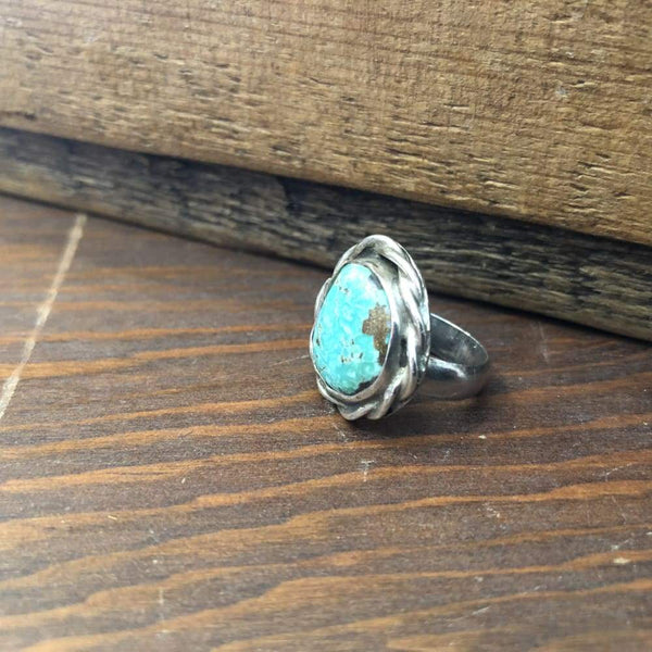 Off-Round Turquoise Ring | Vintage - JEWELRY - Navajo jewelry turquoise turquoise ring