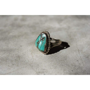 Rough Shape Turquoise Ring | Vintage - JEWELRY - Mens jewelry native american jewelry turquoise turquoise ring