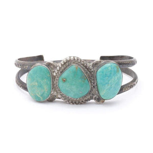 Turquoise 3-Stone Cuff Bracelet | Vintage - JEWELRY - Dyed Turquoise Jewelry native american jewelry Turquoise Cuff bracelet turquoise