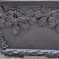 Vineyard Leaf Planter - Bronze